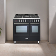 DeLonghi_Professional_kitchen_black_viewX